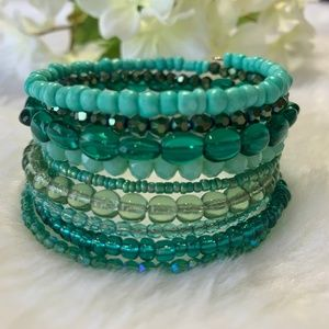 Sparkly teal memory wire wrap bracelet